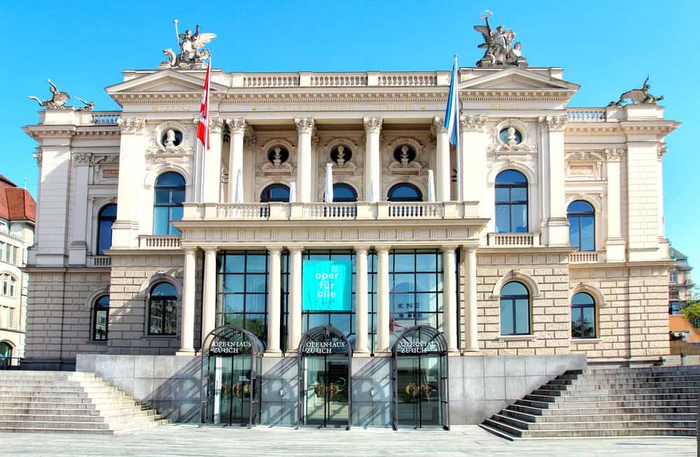 Opernhaus Zürich (Zürih Opera Binası)