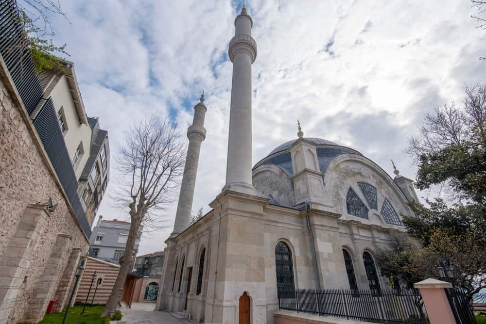 Cihangir Camii