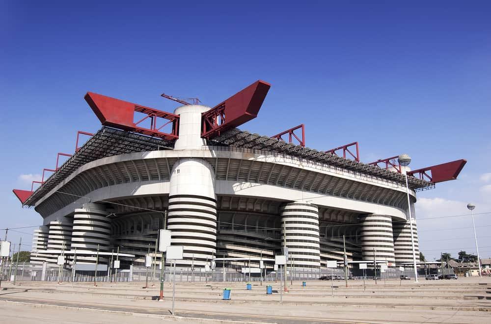 Giuseppe Meazza Stadyumu Milan