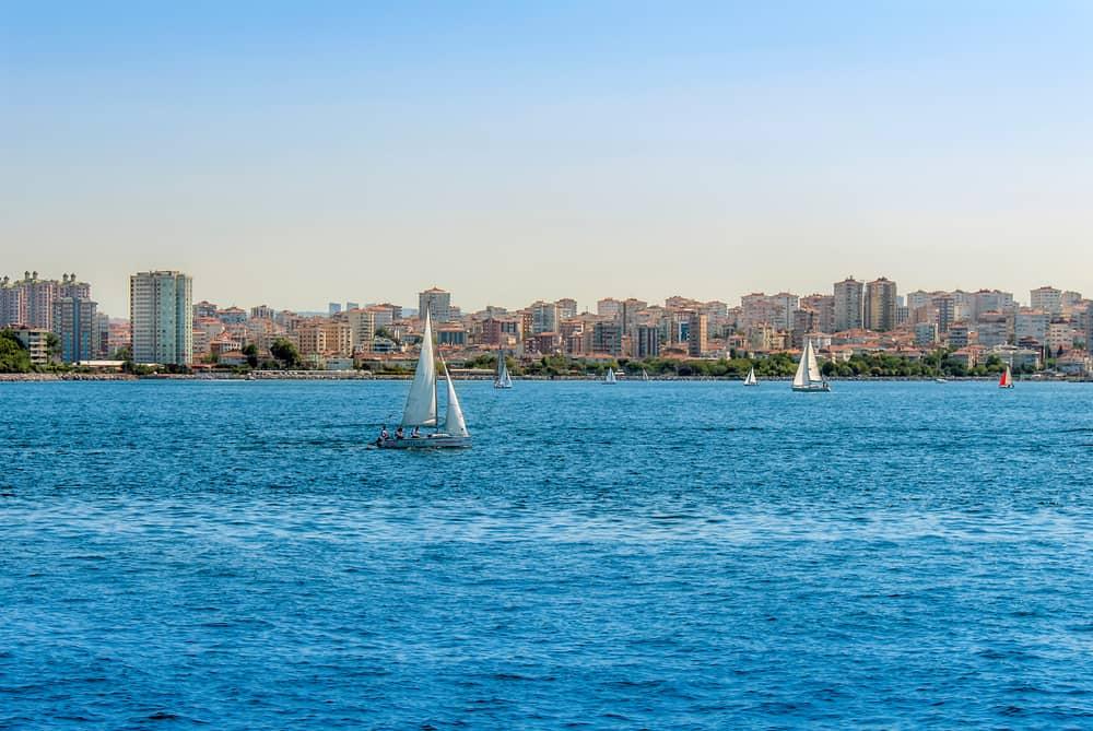 Kalamış Sahili Kadıköy