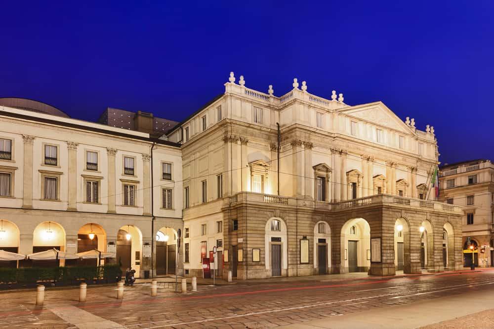 La Scala Opera Binası Milano