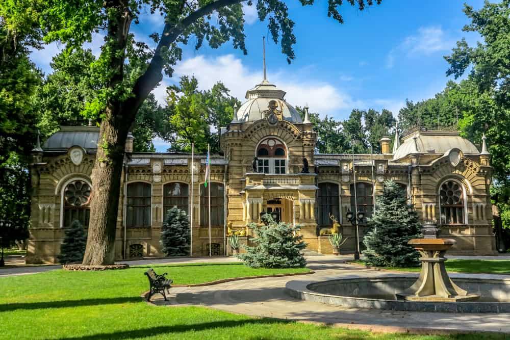Prens Romanov Sarayı Taşkent Özbekistan