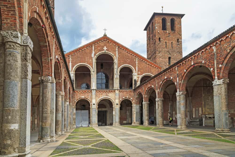 San Ambrogio Bazilikası Milano