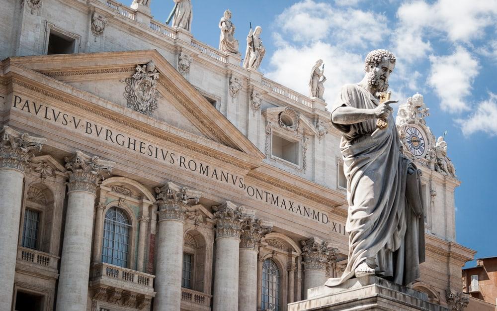 Aziz Peter Bazilikası ve Meydanı Vatikan