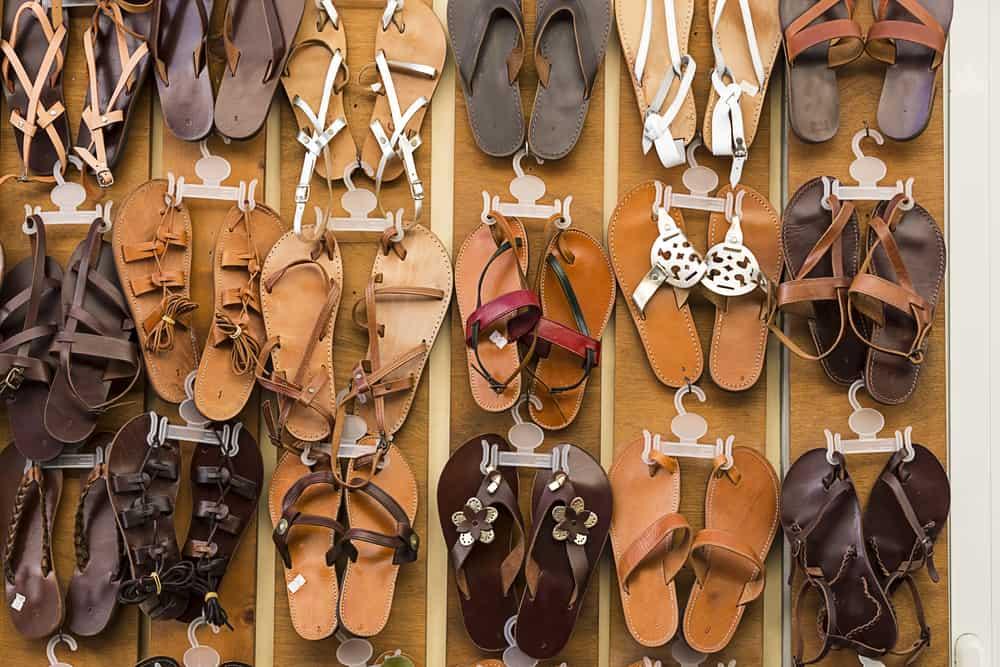 El Yapımı Deri Sandaletler Yunanistan