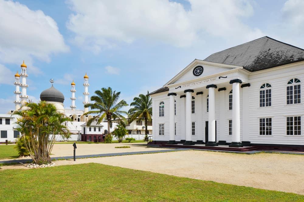 Paramaribo, Surinam Sinagog ve Camii