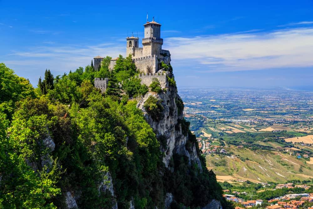 Titano Dağı'ndaki Guaita Kalesi San Marino