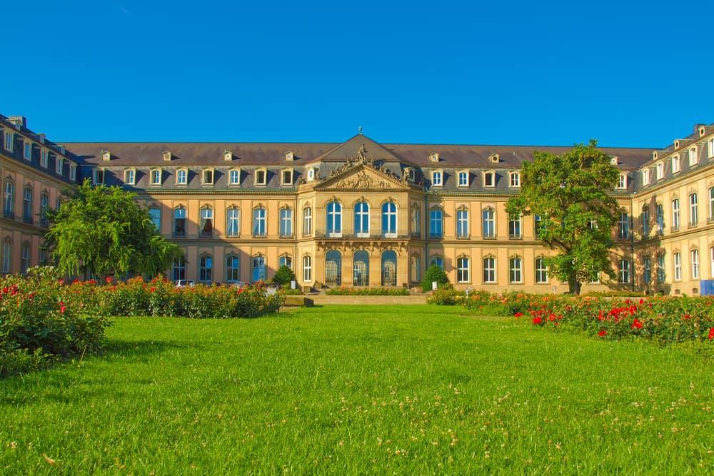Yeni Saray Almanya Stuttgart