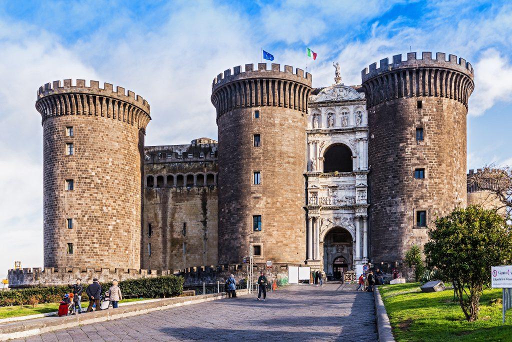 Nuovo Kalesi (Castel Nuovo) Napoli İtalya