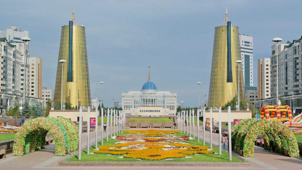 Nurzhol Bulvarı, Astana