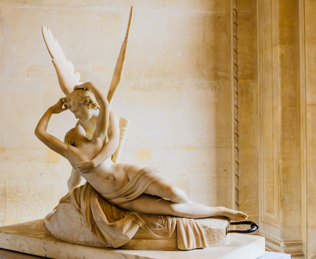 Cupid'in Öpücüğüyle Canlanan Psyche Heykeli- Psyche revived by the kiss of Love, Antonio Canova, 18th century marble, Louvre Museum, Paris, France,