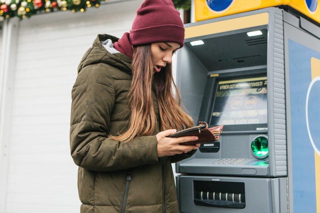 Kredi Kartı dolandırıcılığı-Kredi kartınızı kullanırken dikkat