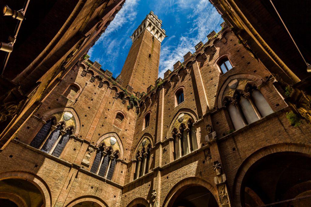 Palazzo Pubblico (Belediye Binası), Sienna, İtalya