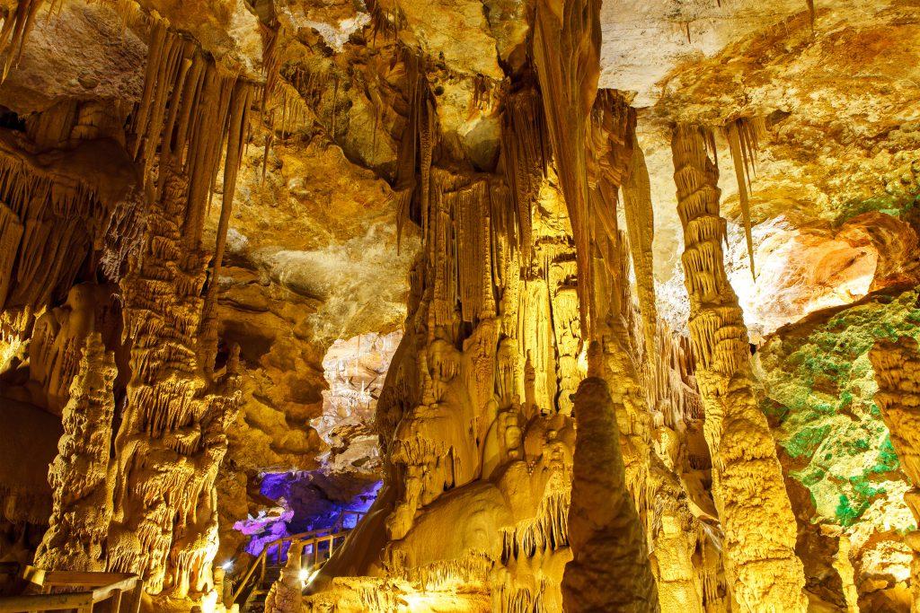 Karaca Mağarası, Gümüşhane