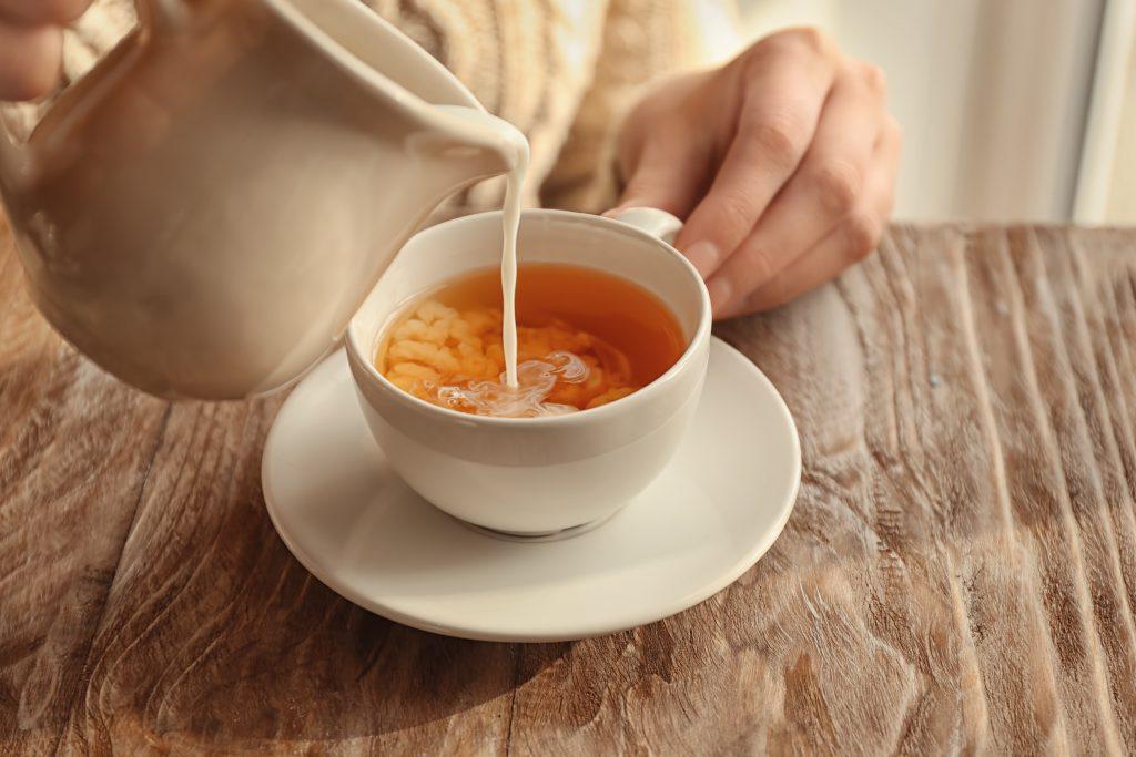 Sütlü çay, İngiltere